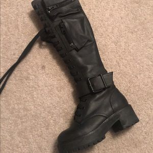 03ab54fbe Dolls Kill Shoes - Dolls Kill Obsidian Pocket Combat Boots